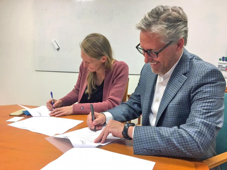 Signing MOU