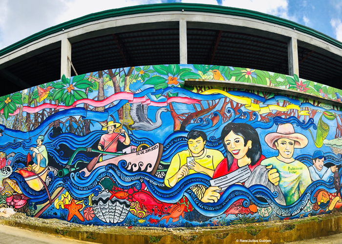 Completed mural in Del Carmen.