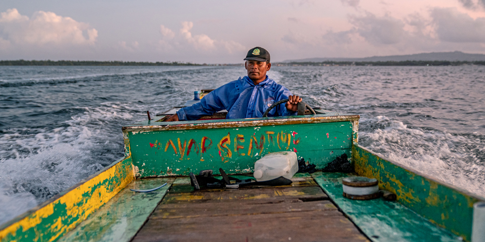 Hartono in boat