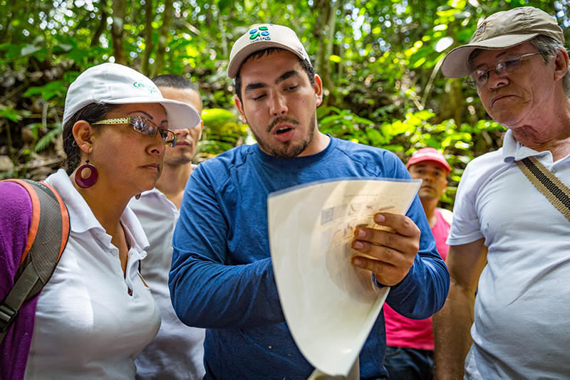 Adopting sustainable behaviors in Colombia.