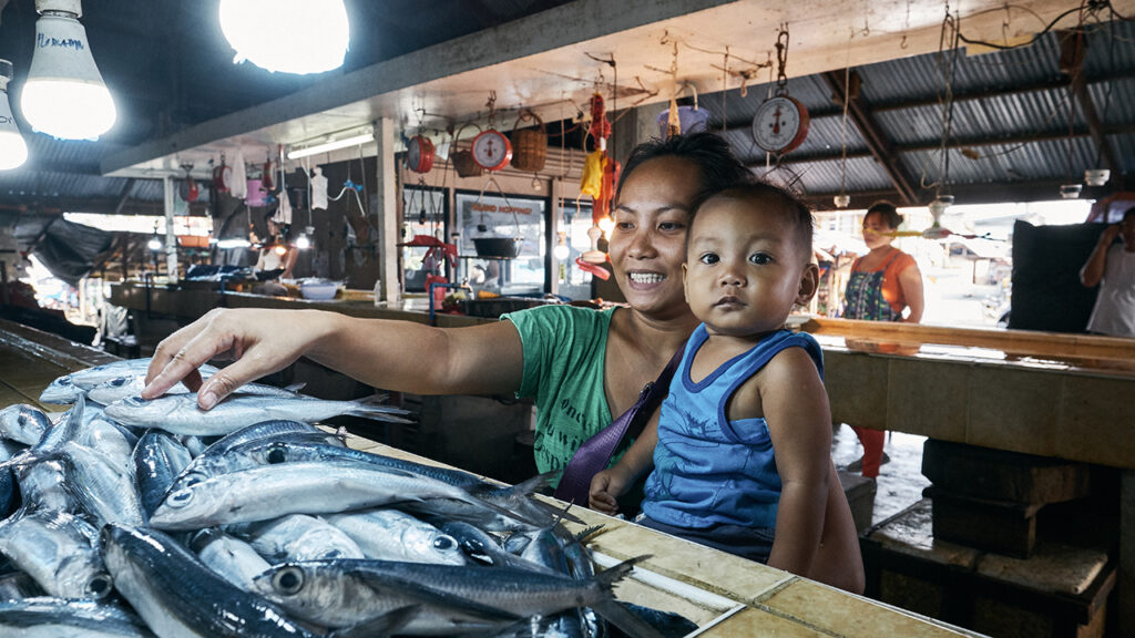 Women in coastal fisheries are leaders and decision-makers.